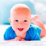 Помогаем малышу научиться ползать самостоятельно