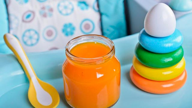 Детское питание в баночках, обогащенное витаминами Фото
