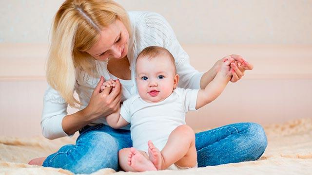 Способ правильно посадить ребенка Фото